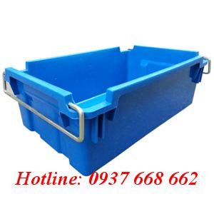 Thùng nhựa đặc A2. Kích thước: 610x380x206 mm màu xanh dương.