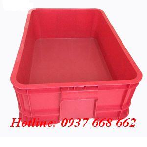 Thùng nhựa đặc b1 màu đỏ. Kích thước: 610x420x200 mm.