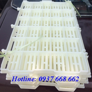 Bán tấm nhựa màu trắng 40x55