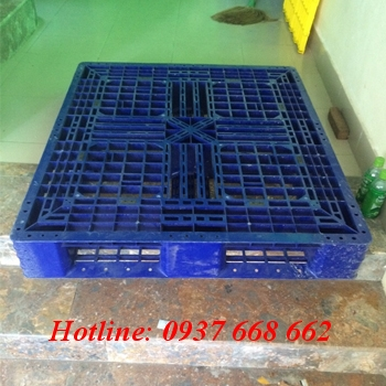 Pallet nhựa PL480. Kích thước: 1200x1000x150 mm