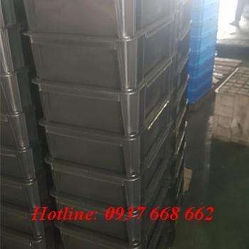 thùng nhựa đặc b7 màu đen, chống tĩnh điện