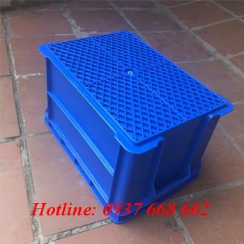 Mặt dưới thùng nhựa b6