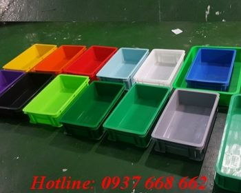 Sản xuất thùng nhựa theo màu yêu cầu