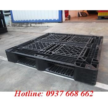 Pallet nhựa PL09LK chống tĩnh điện. Kích thước: 1100x1100x150 mm