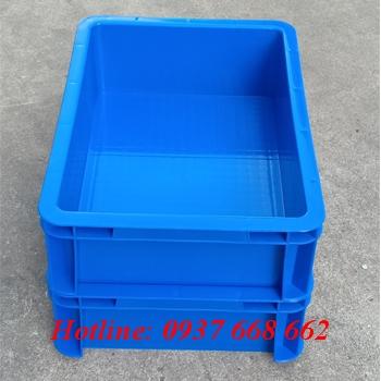 thùng nhựa b12