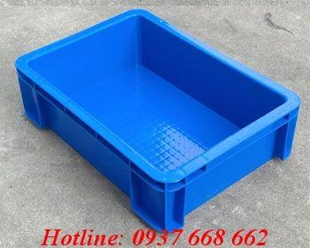 thùng nhựa vuông b12. kích thước: 352x253x100 mm
